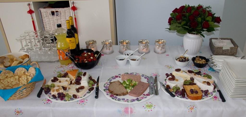 Buffet frio de quesos y pat s v acompa amiento y decoraci n carmyla - Decoracion buffet ...