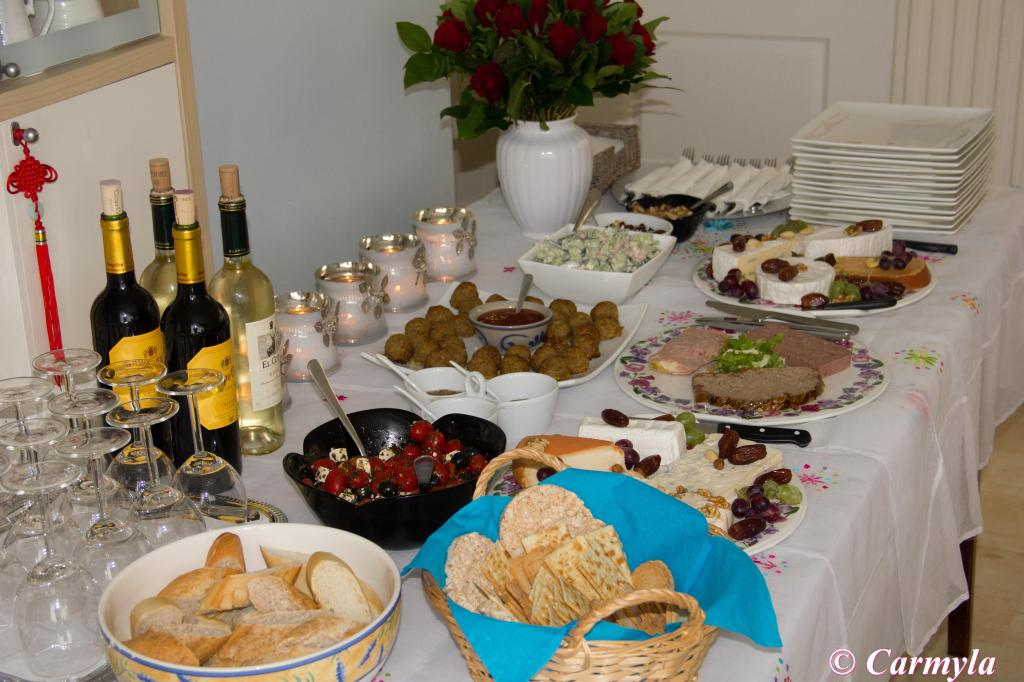 Buffet frio de quesos pat s y ensaladas i carmyla - Como preparar una comunion en casa ...