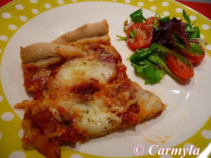 PIZZA INTEGRAL DE SALAMI Y CHORIZO 1