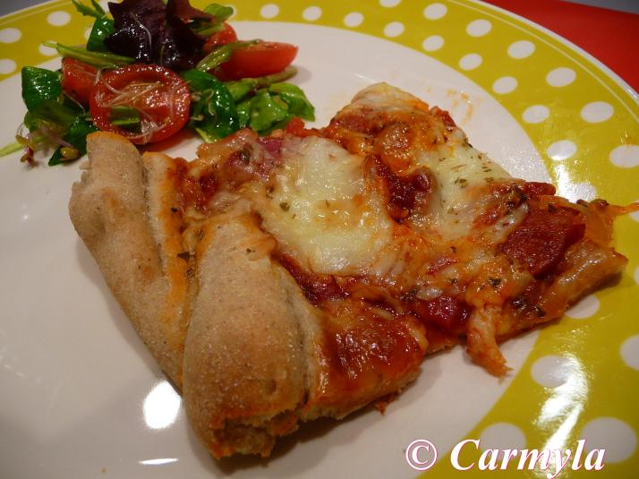 PIZZA INTEGRAL DE SALAMI Y CHORIZO 2