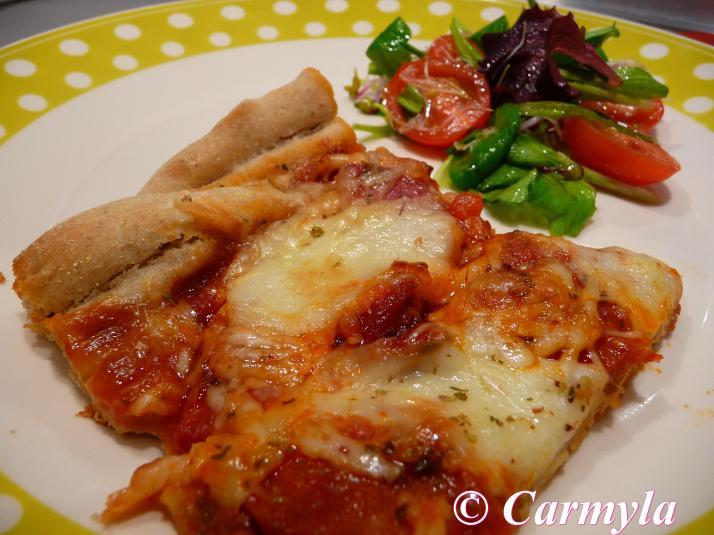 PIZZA INTEGRAL DE SALAMI Y CHORIZO