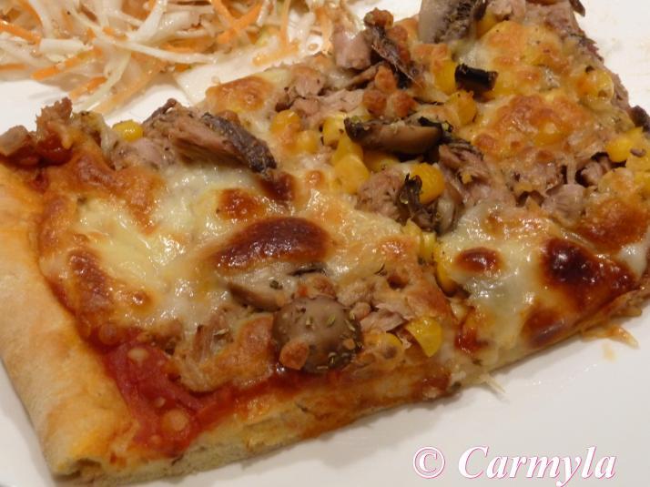 PIZZA DE ATÚN CON CHAMPIÑONES